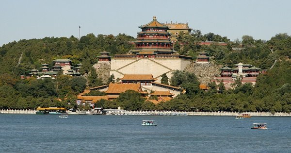 All-inclusive Beijing Essential Private Tour of Forbidden City and Customizable Sites