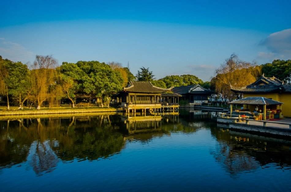 Private Suzhou Garden and Water Town Highlights Trip