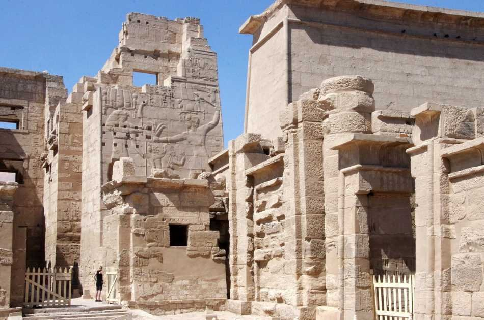 Private Half Day Tour of Medinet Habu , City Monastery and Tombs of Nobles From Luxor