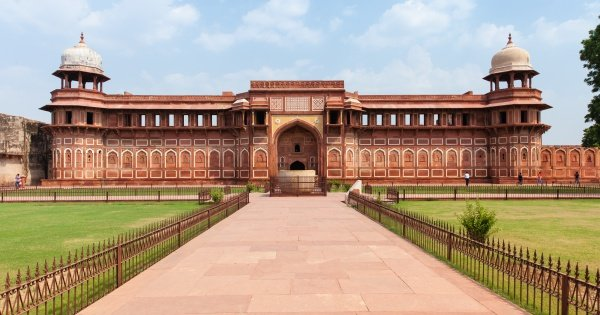 Delhi, Agra and Jaipur from Pune with One-way Flight 3-Day Golden Triangle Private Tour