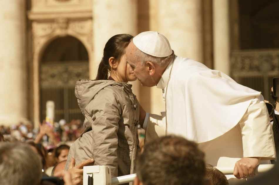 Sunday Papal Blessing and Baroque Rome With Hotel Pick Up