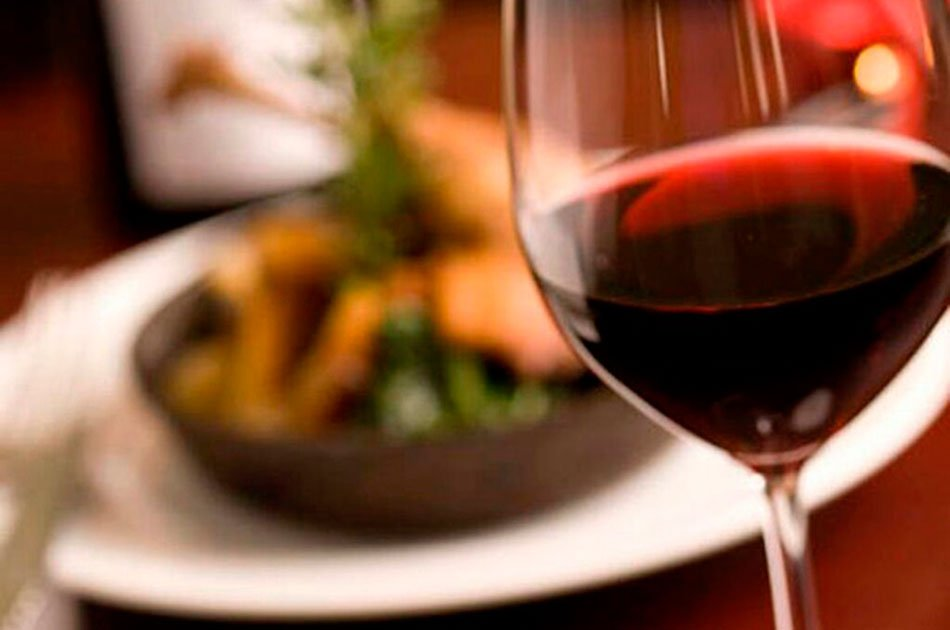 Valencia Private Food Tour with Wine Tasting