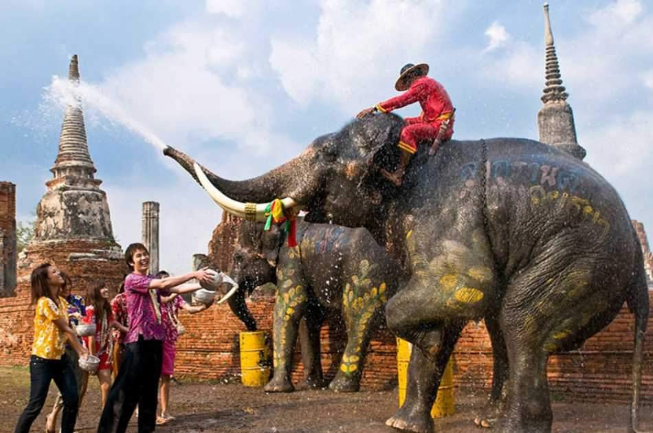 Let's Travel Back in Time, a Local Fantastic Day in Ayutthaya